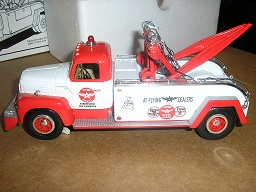 "Flying ""A"" Service 1957 International R-200 Tow Truck 19-1707"